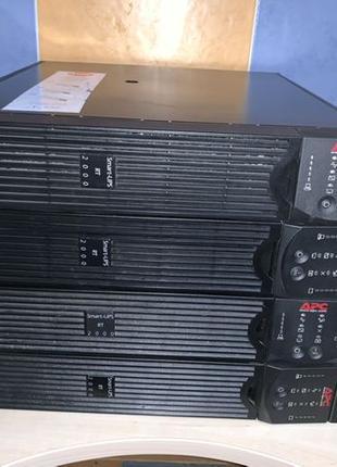 UPS APC SURT2000XLI Источник бесперебойного питания