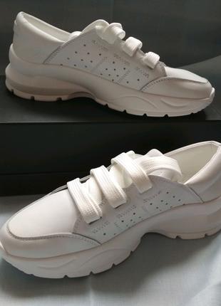 Кроссовки женские белые кожаные