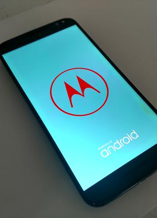 "Смартфон Moto X Style\Pure Edition: 5.7""/6x 1.8GHz, 3\32GB"