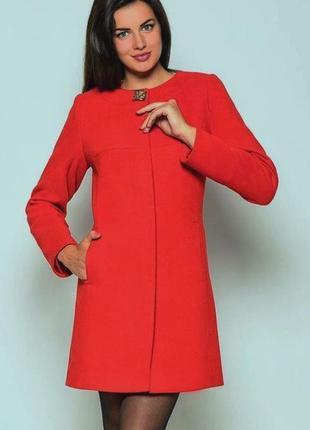 Яркое красное демисезонное пальто. кашемир, р-р 46, замеры