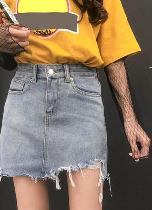 Джинсовая женская юбка рванка голубая