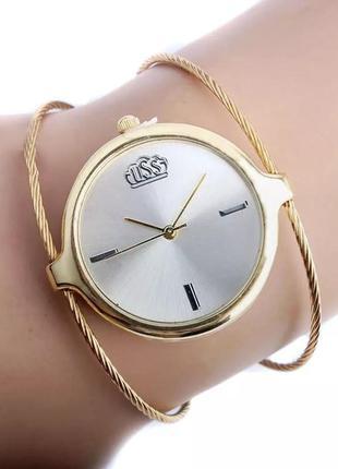 Красивые женские часы браслет