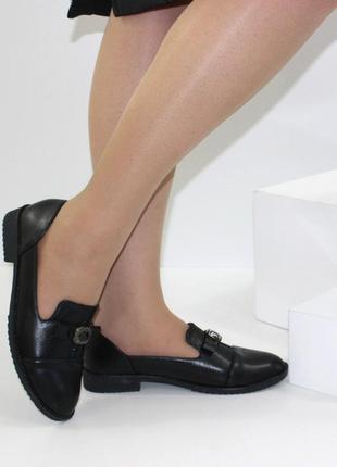 Комфортные женские черные туфли низкий каблук