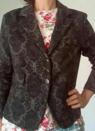 Стильный пиджак-кофта