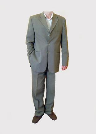 Мужской деловой костюм Viento