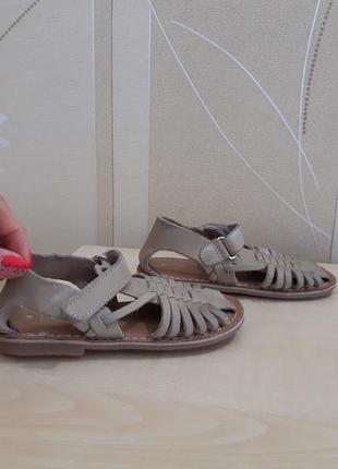 Босоножки сандалии next размер 25