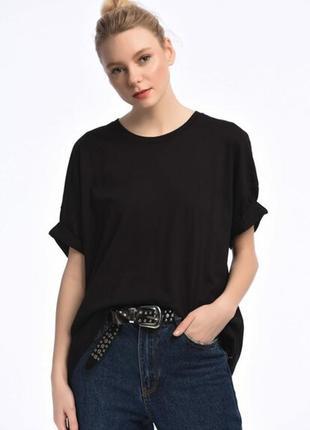 Женская базовая футболка oversize