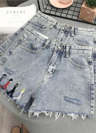 Женские джинсовые шорты beatles