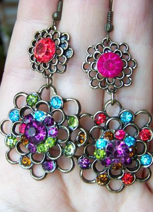 Бронзовые цветочные серьги-люстры с разноцветными хрустальными...