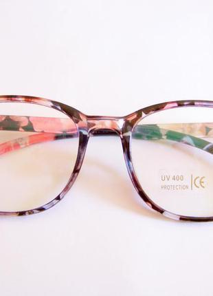 Прямоугольные классические солнцезащитные цветочные очки с про...