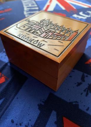 Маленькая деревянная шкатулка «краков»
