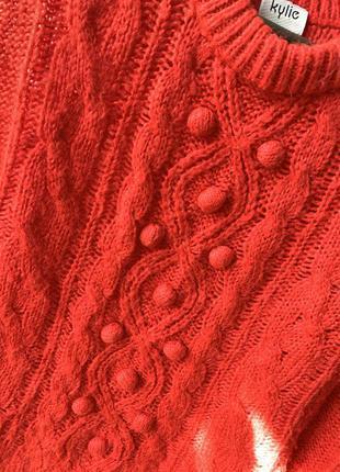 Яркий красный укороченный свитер