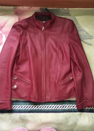 Кожаная куртка с натуральной кожи