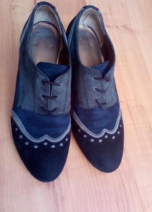 Замшевые туфли, ботиночки на небольшом каблуке