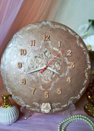 "Часы ,,винтажные"" кварцевые настольные, настенные, бесшумные"