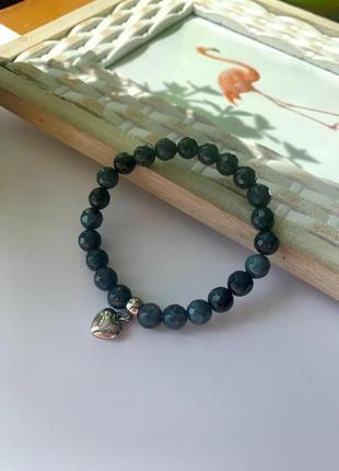 Женский браслет из натурального камня агат с подвеской сердце