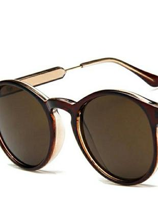 Коричневые женские солнцезащитные очки