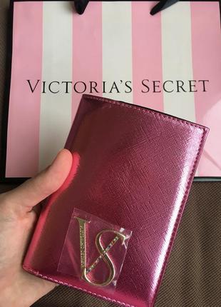 Обложка на паспорт виктория сикрет victoria's secret