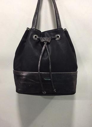 Чёрная сумка david jones