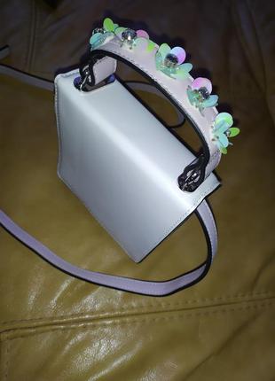 Нежная сумочка с цветами