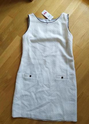 Нежное тёплое платье футляр в стиле chanel с шерстью