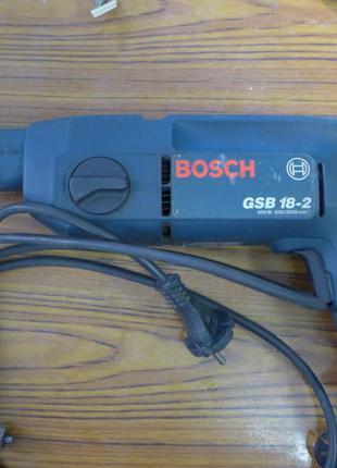 Ударная электро-дрель Bosch, рабочая, в хорошем состоянии