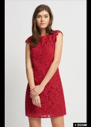 Красное кружевное платье Orsay