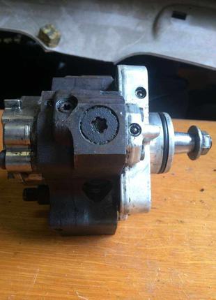 Б/у топливный насос высокого давления ТНВД Renault 8200041766