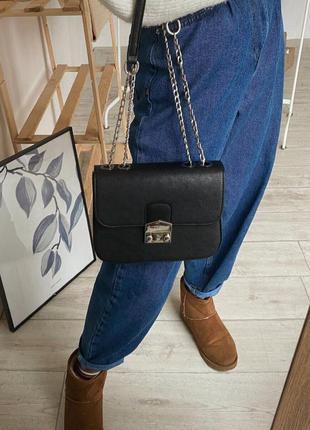 Черный клатч на цепочке с замком фурла с нахлёстом сумка сумоч...