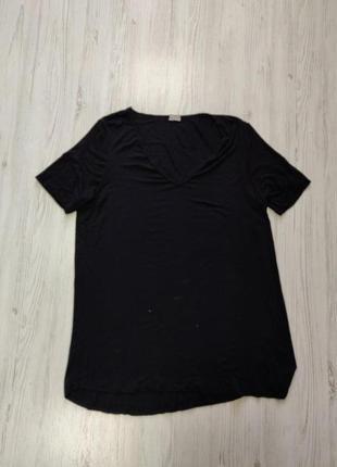Распродажа до 30 июня 🔥  черная футболка с v образным вырезом ...
