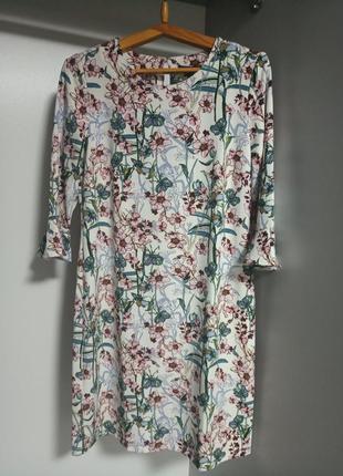 Нежное платье в цветочный принт esmara 44-46