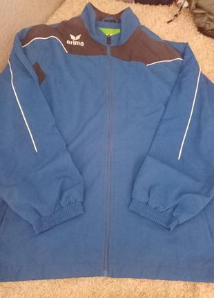 Весенняя мужская куртка ветровка