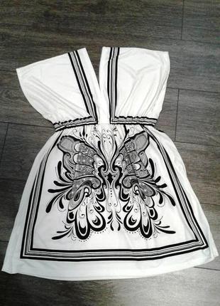 Красивое летнее платье с рисунком пояс резинка садится по фигуре