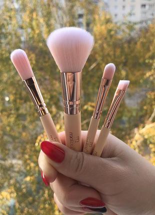 Кисти для макияжа malva,кісточки для макіяжу