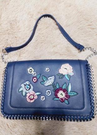 Стильная сумка с вышивкой, каркасная