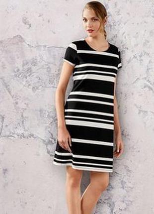 Эффектное платье футляр esmara германия