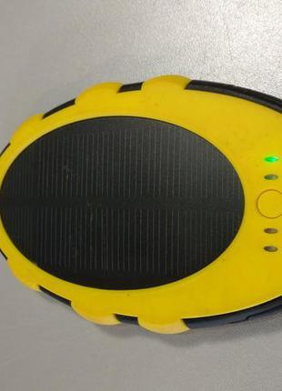Универсальный внешний аккумулятор Power Bank на солнечной бата...