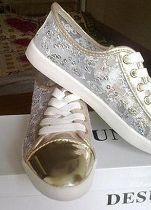 Ажурные лоферы, кеды, мокасины, туфли со шнурками