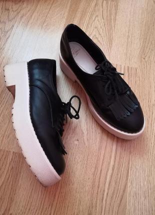 Крутые и удобные туфли бренда tally weijl, размер 36