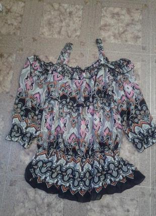 Блуза туника с открытыми плечами