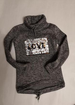 Тёплый свитер love на девочку 10-12 лет