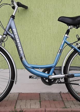 Велосипед ровер дамский на 26 колёсах