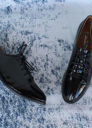Черные туфли на шнурках, оксфорды, броги, дерби 39 размера