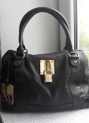 Шикарная сумка armani exchange