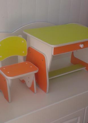 Столик и стульчик с регулировкой высоты.  Лайм/апельсин. Николаев