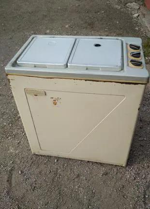 Продам стиральную машинку чайка