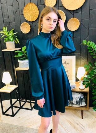 Шикарное платье из шелка