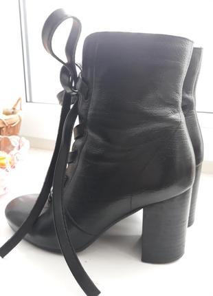 Кожаные удобные ботинки,36 размер.
