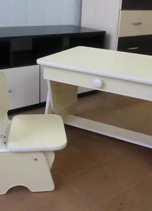 Детский столик и стульчик с регулировкой высоты. Слоновая кость.