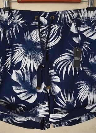 Новые натуральные шорты с принтом большого размера